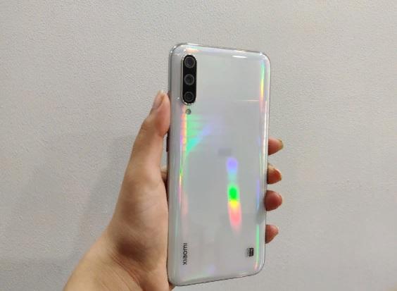 Xiaomi Mi A3 дизайн