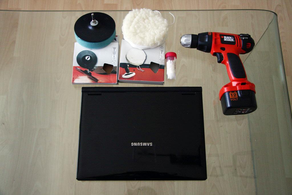 Как убрать царапины на ноутбуке, полировка ноутбука