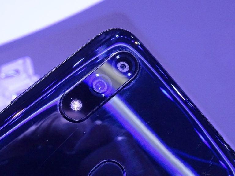 Обзор ZTE Blade V10 - камера