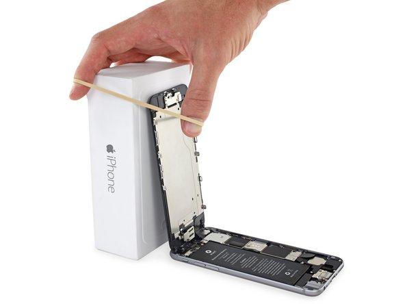 Как снять дисплей на iphone 6